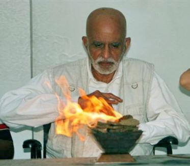 1-shree-vasant-agnihotra-offering